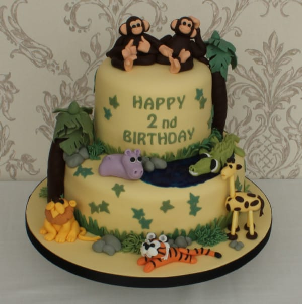 wild jungle animal cake for a child