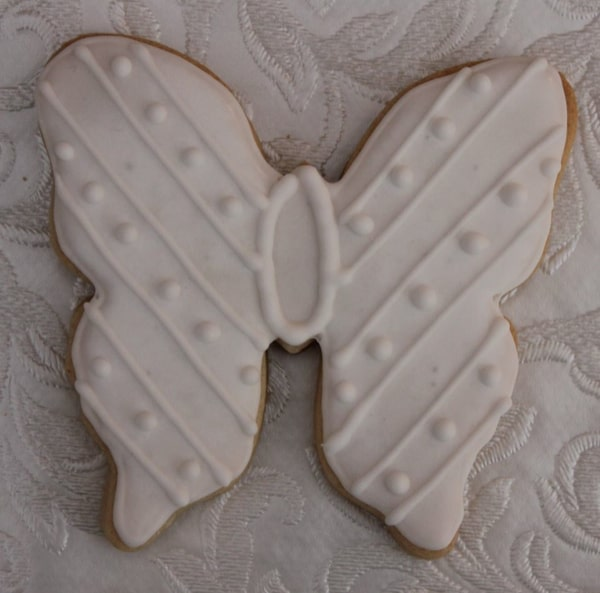 white butterfly cookie favour