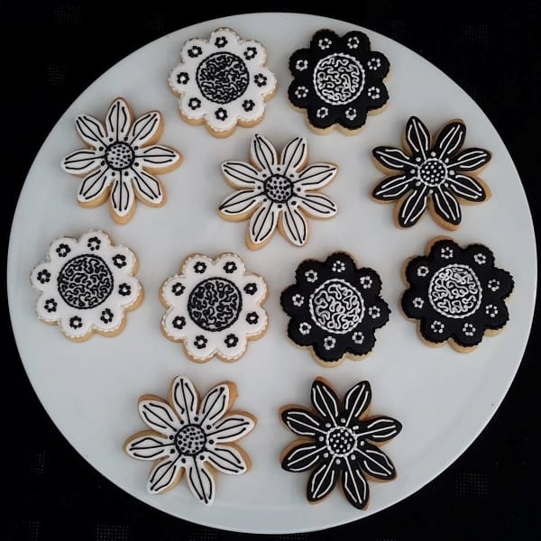 Black and white flower cookies