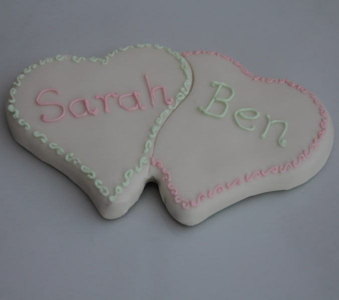 Double heart cookie favours