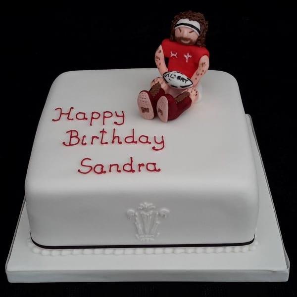 Rugby fan cake