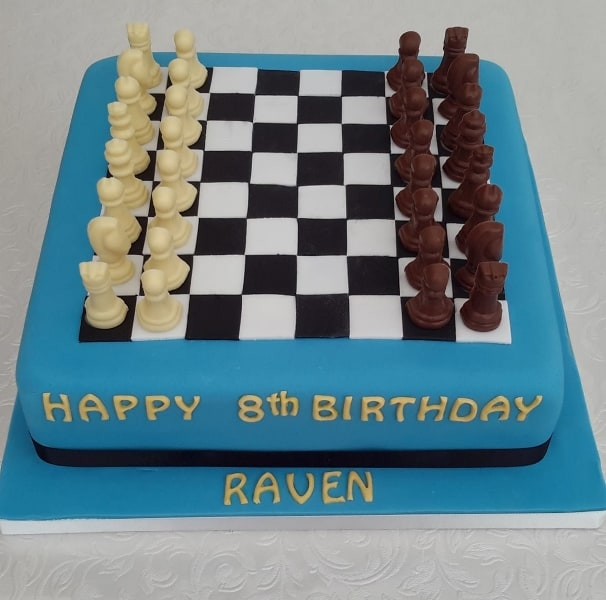 Chess set cake