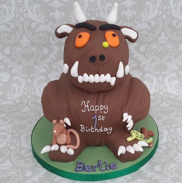 Gruffalo shaped cake