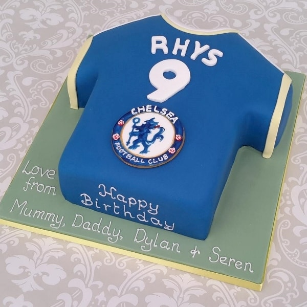Chealsea football shirt cake